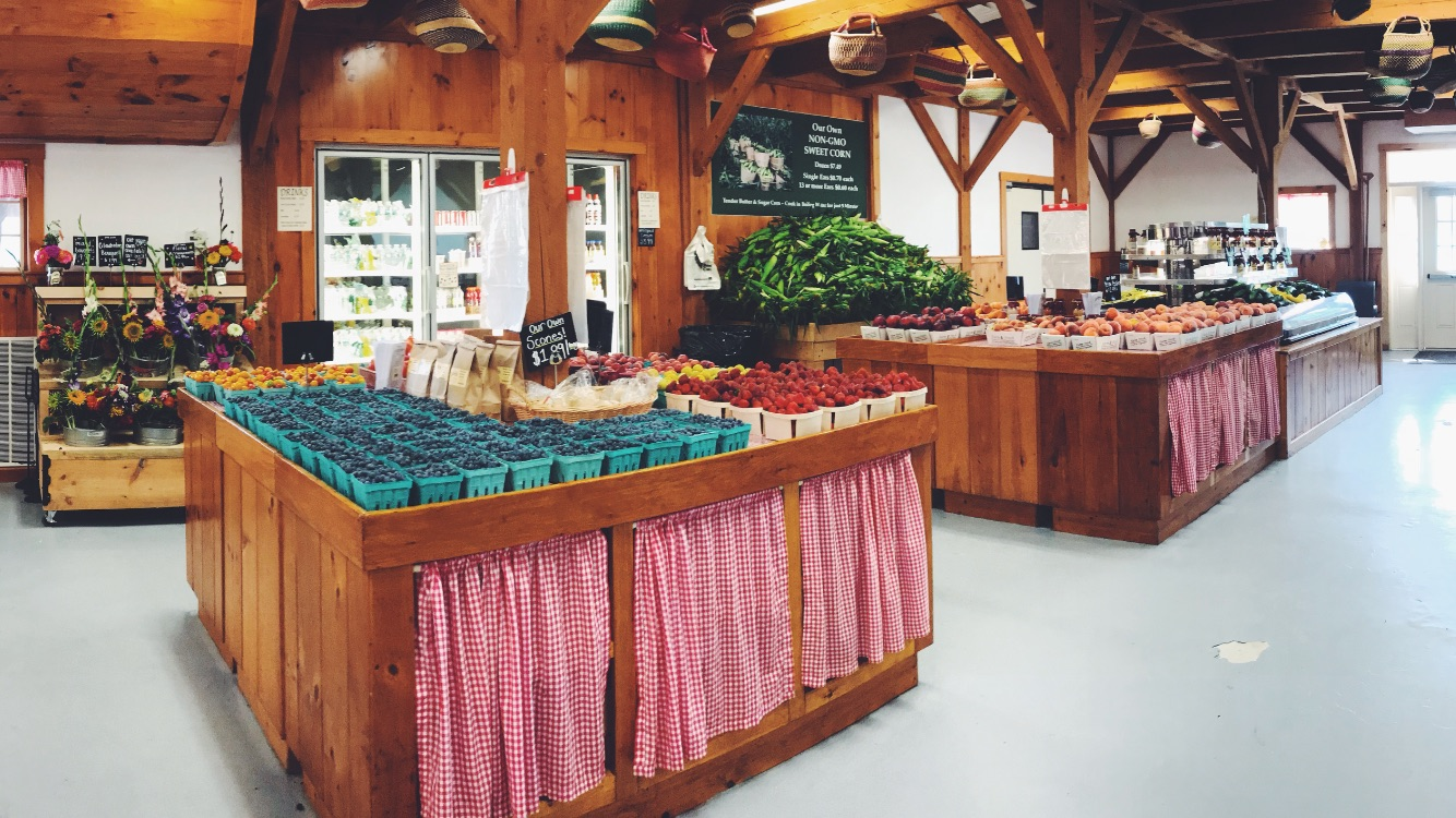Farmstand at Parlee Farms